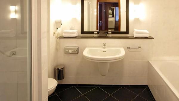 Familiekamer   Van der Valk Hotel Volendam